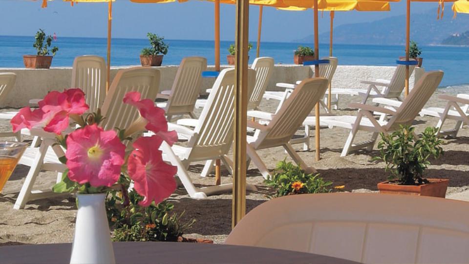seapalace_spiaggia_1.jpg