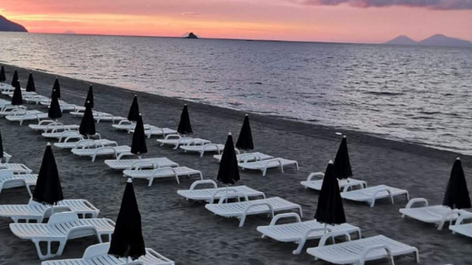 simenzaru_spiaggia_1.jpg