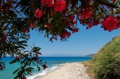 sandomenicoresort_spiaggia_5.jpg
