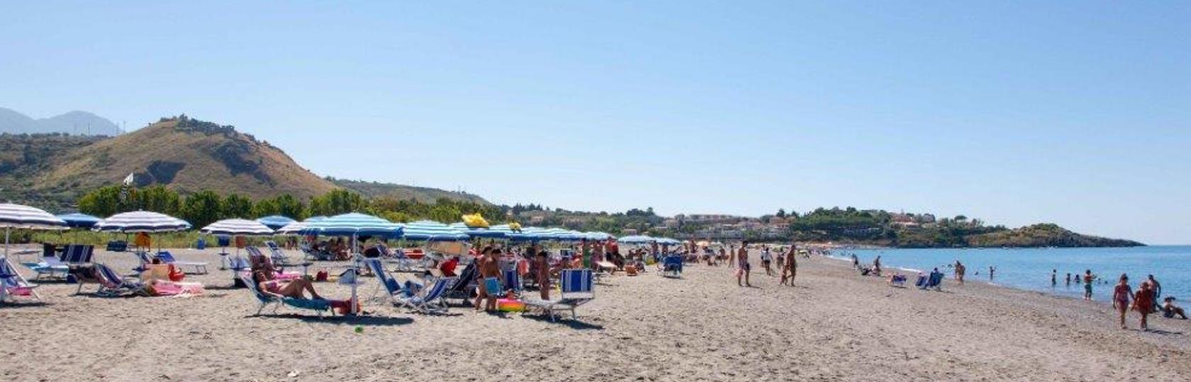 holidaybeach_spiaggia.jpg